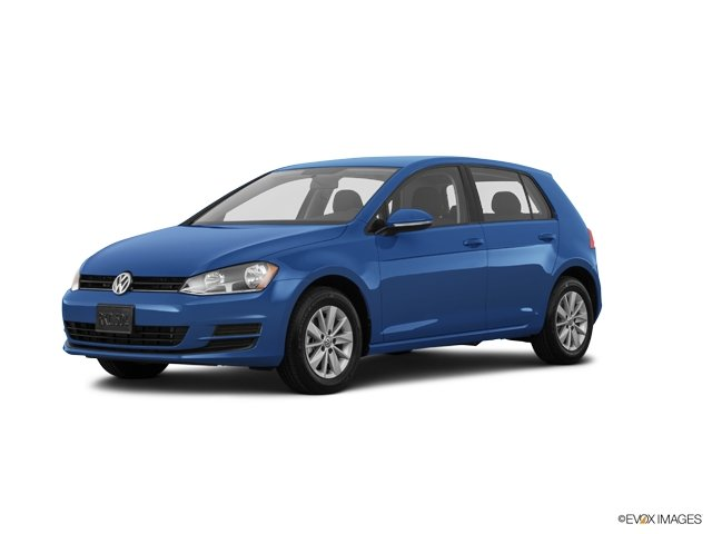 Pre-Owned 2017 Volkswagen Golf S