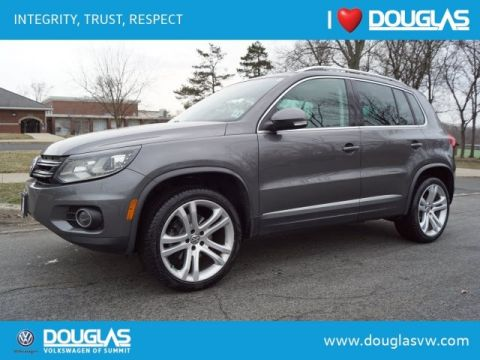 Pre-Owned 2016 Volkswagen Tiguan 2.0T SEL 4Motion